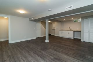 "Photo 8: 4 10898 152 Street in Surrey: Bolivar Heights Townhouse for sale in ""Woodbridge"" (North Surrey)  : MLS®# R2186956"