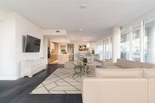 """Photo 4: 601 888 ARTHUR ERICKSON Place in West Vancouver: Park Royal Condo for sale in """"EVELYN"""" : MLS®# R2530263"""
