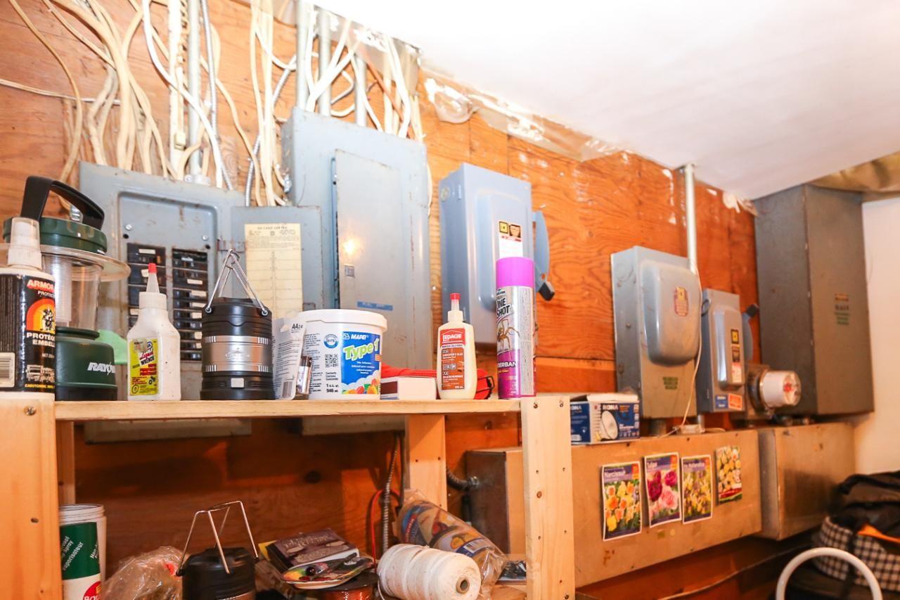 Photo 13: Photos: 8245 Edwards Road in Heffley Creek: HE House for sale (KA)  : MLS®# 157157
