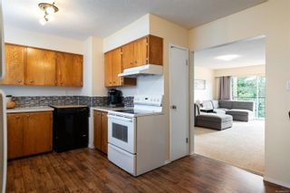 Photo 3: 12 1630 Crescent View Dr in : Na Central Nanaimo Condo for sale (Nanaimo)  : MLS®# 866102