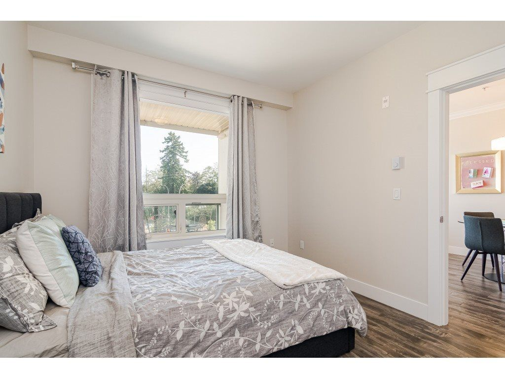 """Photo 14: Photos: 315 19228 64 Avenue in Surrey: Clayton Condo for sale in """"FOCAL POINT"""" (Cloverdale)  : MLS®# R2481765"""