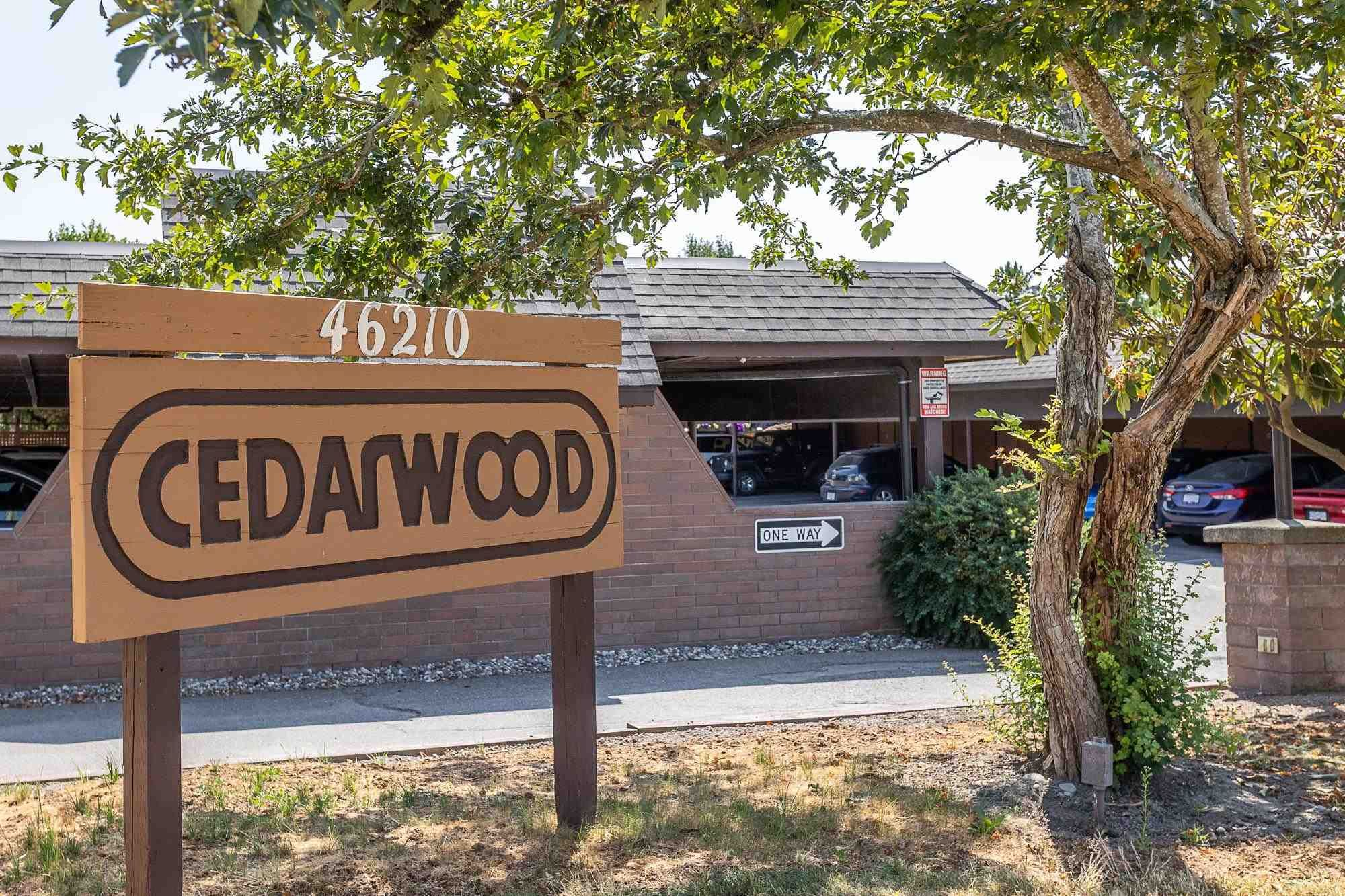 """Main Photo: 108 46210 CHILLIWACK CENTRAL Road in Chilliwack: Chilliwack E Young-Yale Townhouse for sale in """"CEDARWOOD"""" : MLS®# R2602109"""
