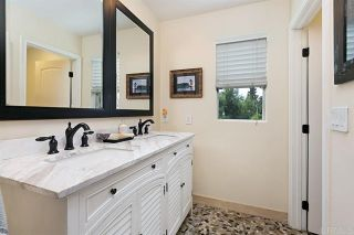 Photo 5: Condo for sale : 3 bedrooms : 1319 Statice Ct in Carlsbad