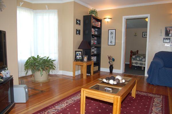 Photo 2: Photos: 796 Eckhardt Ave E. in Penticton: Uplands/Redlands Residential Detached for sale : MLS®# 137262