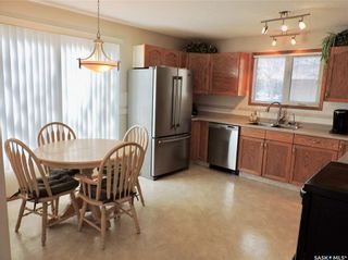 Photo 5: 391 Circlebrooke Drive in Yorkton: South YO Residential for sale : MLS®# SK846299