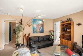 """Photo 5: 102 32733 BROADWAY EAST Street in Abbotsford: Central Abbotsford Condo for sale in """"The Villa"""" : MLS®# R2620340"""