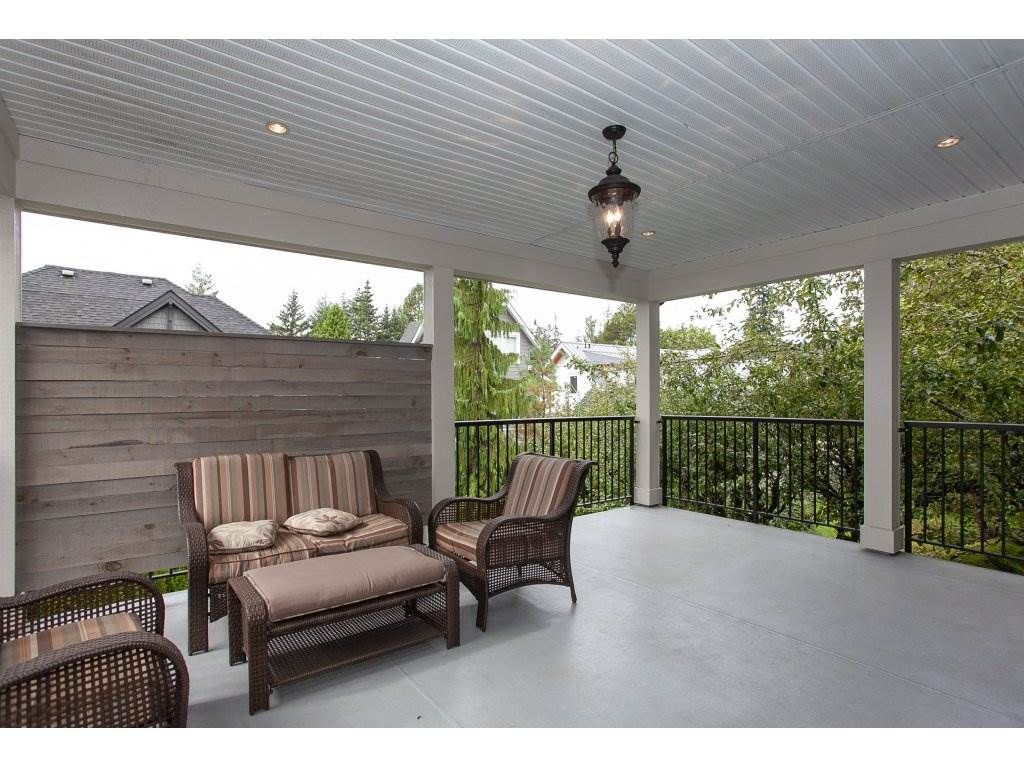 Photo 2: Photos: 1413 130 Street in Surrey: Crescent Bch Ocean Pk. House for sale (South Surrey White Rock)  : MLS®# R2311122