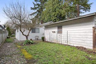 Photo 19: 2788 GORDON AVENUE in Surrey: Crescent Bch Ocean Pk. House for sale (South Surrey White Rock)  : MLS®# R2046605