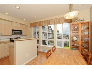 """Photo 4: 8 160 PEMBINA Street in New Westminster: Queensborough Townhouse for sale in """"EAGLE CREST ESTATES"""" : MLS®# V939909"""