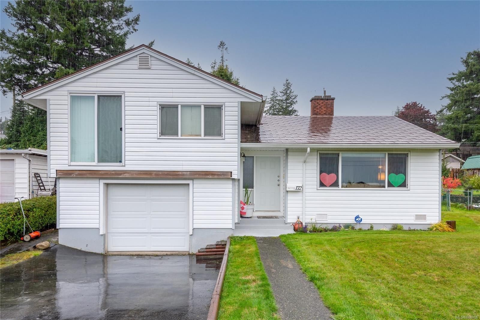 Main Photo: 172 MCLEAN St in : CR Campbell River Central House for sale (Campbell River)  : MLS®# 888006