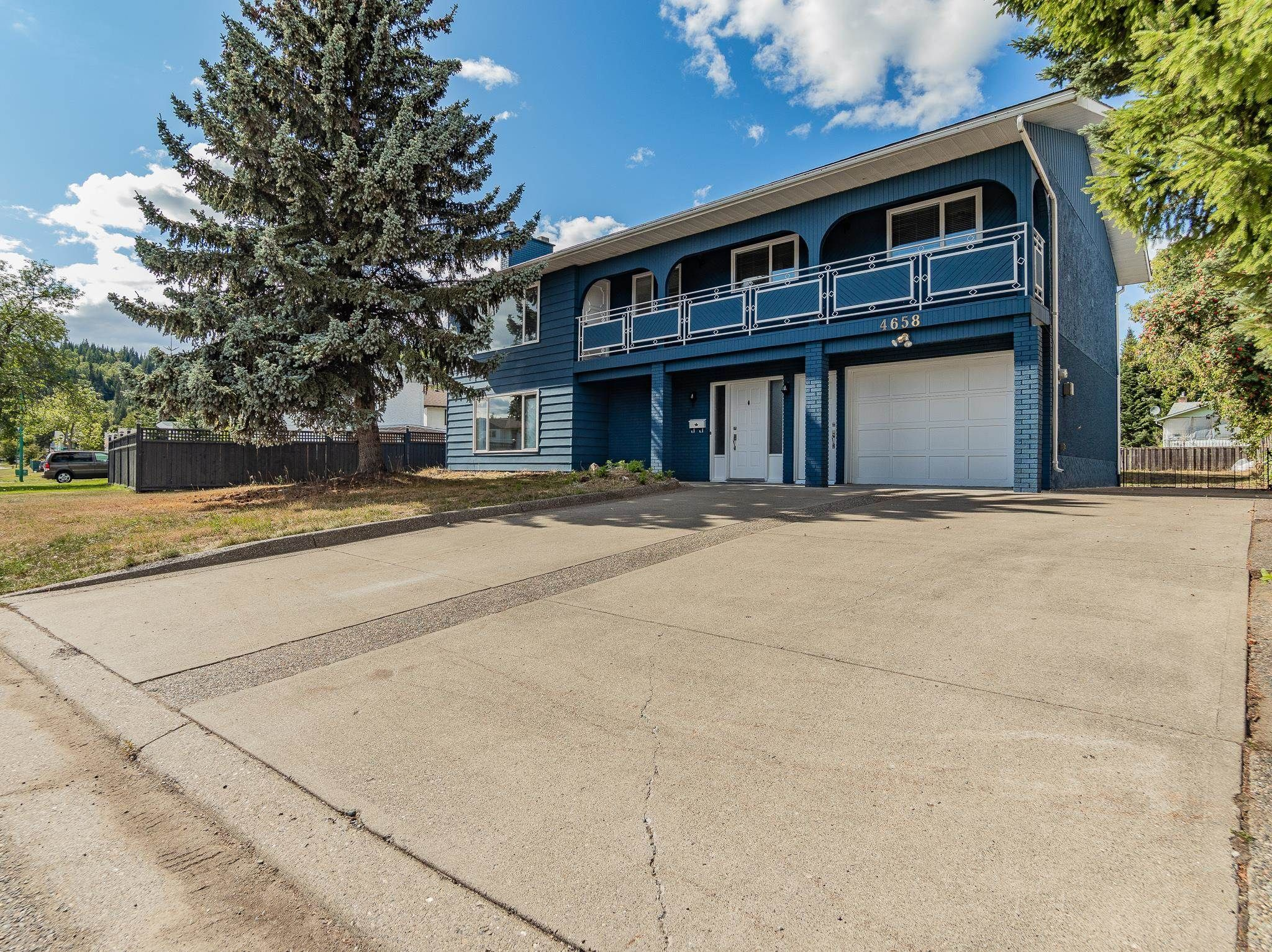 Main Photo: 4658 FREIMULLER Avenue in Prince George: Heritage House for sale (PG City West (Zone 71))  : MLS®# R2611390