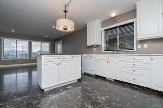 """Photo 4: 13 46330 MULLINS Road in Sardis: Promontory House for sale in """"THORNTON CREEK"""" : MLS®# R2116738"""