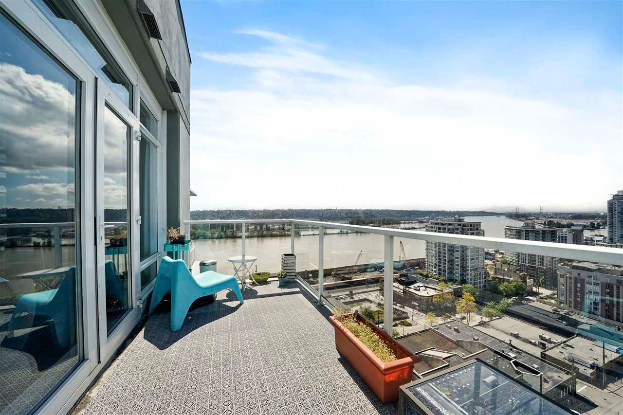 """Photo 27: Photos: PH7 39 SIXTH Street in New Westminster: Downtown NW Condo for sale in """"QUANTUM"""" : MLS®# R2575142"""