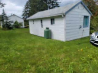 Photo 6: 7329 East Bay Highway in Big Pond: 207-C. B. County Residential for sale (Cape Breton)  : MLS®# 202122939