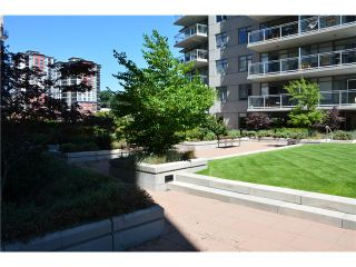 """Photo 4: 3205 898 CARNARVON Street in New Westminster: Downtown NW Condo for sale in """"AZURE 1 @ PLAZA 88"""" : MLS®# V1078443"""