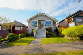 Photo 4: 3441 TRIUMPH Street in Vancouver: Hastings Sunrise House for sale (Vancouver East)  : MLS®# R2394925