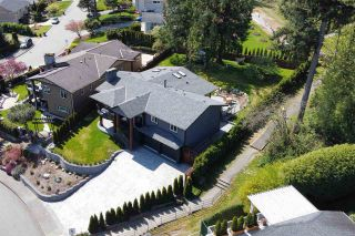 Photo 2: 2796 DAYBREAK Avenue in Coquitlam: Ranch Park House for sale : MLS®# R2573460