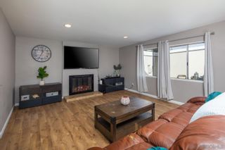 Photo 8: CLAIREMONT House for sale : 3 bedrooms : 6967 Beagle St in San Diego