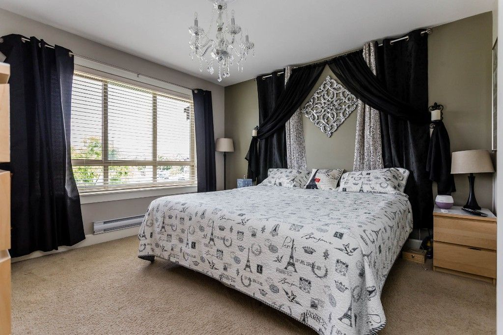 Photo 10: Photos: 8 19560 68 Avenue in Surrey: Clayton Townhouse for sale : MLS®# R2179592