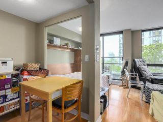 """Photo 11: 505 1003 BURNABY Street in Vancouver: West End VW Condo for sale in """"The Milano"""" (Vancouver West)  : MLS®# R2276675"""