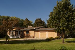 Photo 3: 6 Dora Place in Dugald: Single Family Detached for sale : MLS®# 1526190