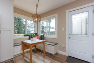 Photo 12: 6321 Clear View Rd in : CS Martindale House for sale (Central Saanich)  : MLS®# 870627
