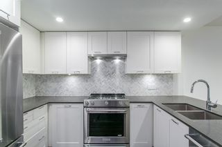 """Photo 1: 410 131 E 3RD Street in North Vancouver: Lower Lonsdale Condo for sale in """"THE ANCHOR"""" : MLS®# R2139932"""