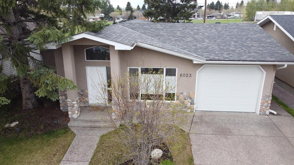 Main Photo: 6023 LEWIS Drive SW in Calgary: Lakeview Detached for sale : MLS®# A1028692