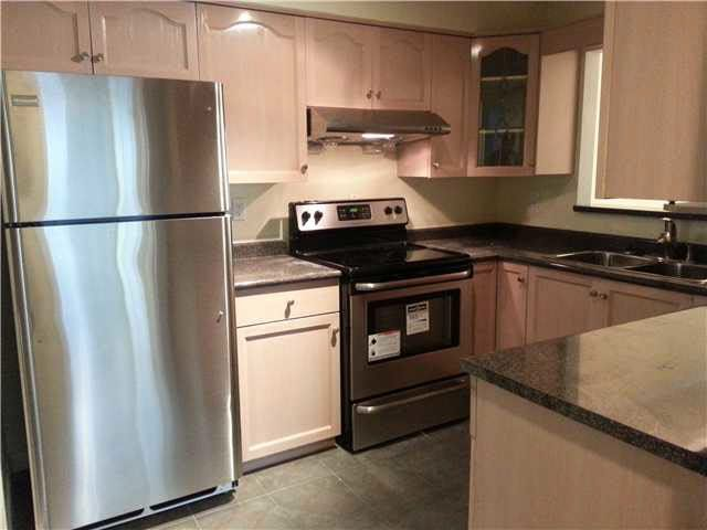 """Photo 1: Photos: 206 1318 W 6TH Avenue in Vancouver: Fairview VW Townhouse for sale in """"BIRCH GARGENS"""" (Vancouver West)  : MLS®# V1084409"""