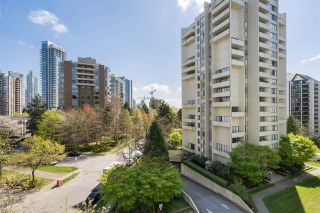 """Photo 1: 704 4200 MAYBERRY Street in Burnaby: Metrotown Condo for sale in """"TIMES SQUARE"""" (Burnaby South)  : MLS®# R2573278"""