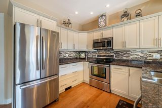 Photo 7: 38 2319 Chilco Rd in : VR Six Mile Row/Townhouse for sale (View Royal)  : MLS®# 877388