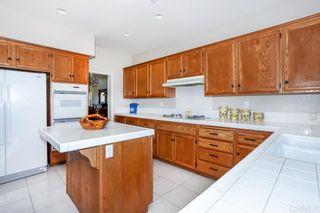 Photo 4: OCEANSIDE House for sale : 4 bedrooms : 4864 Glenhollow Cir