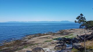 Photo 6: 570 Berry Point Rd in : Isl Gabriola Island House for sale (Islands)  : MLS®# 878402