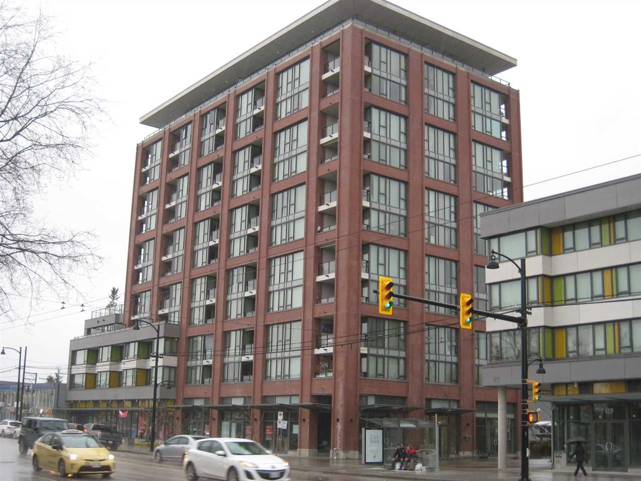 """Main Photo: 808 2689 KINGSWAY in Vancouver: Collingwood VE Condo for sale in """"SKYWAY TOWER"""" (Vancouver East)  : MLS®# R2041971"""