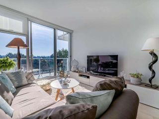 """Photo 7: 706 2221 E 30TH Avenue in Vancouver: Victoria VE Condo for sale in """"KENSINGTON GARDENS BY WESTBANK"""" (Vancouver East)  : MLS®# R2511988"""
