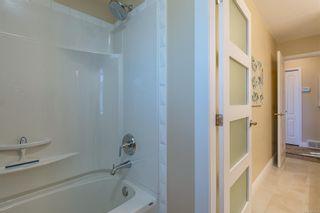Photo 38: 1015 Kingsley Cres in : CV Comox (Town of) House for sale (Comox Valley)  : MLS®# 863162