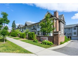 """Photo 1: 3 14433 60 Avenue in Surrey: Sullivan Station Townhouse for sale in """"BRIXTON"""" : MLS®# R2180225"""