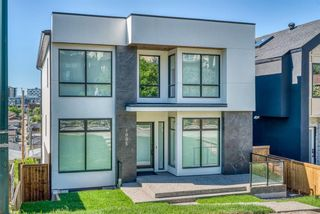 Photo 4: 1005 Drury Avenue NE in Calgary: Bridgeland/Riverside Detached for sale : MLS®# A1121574