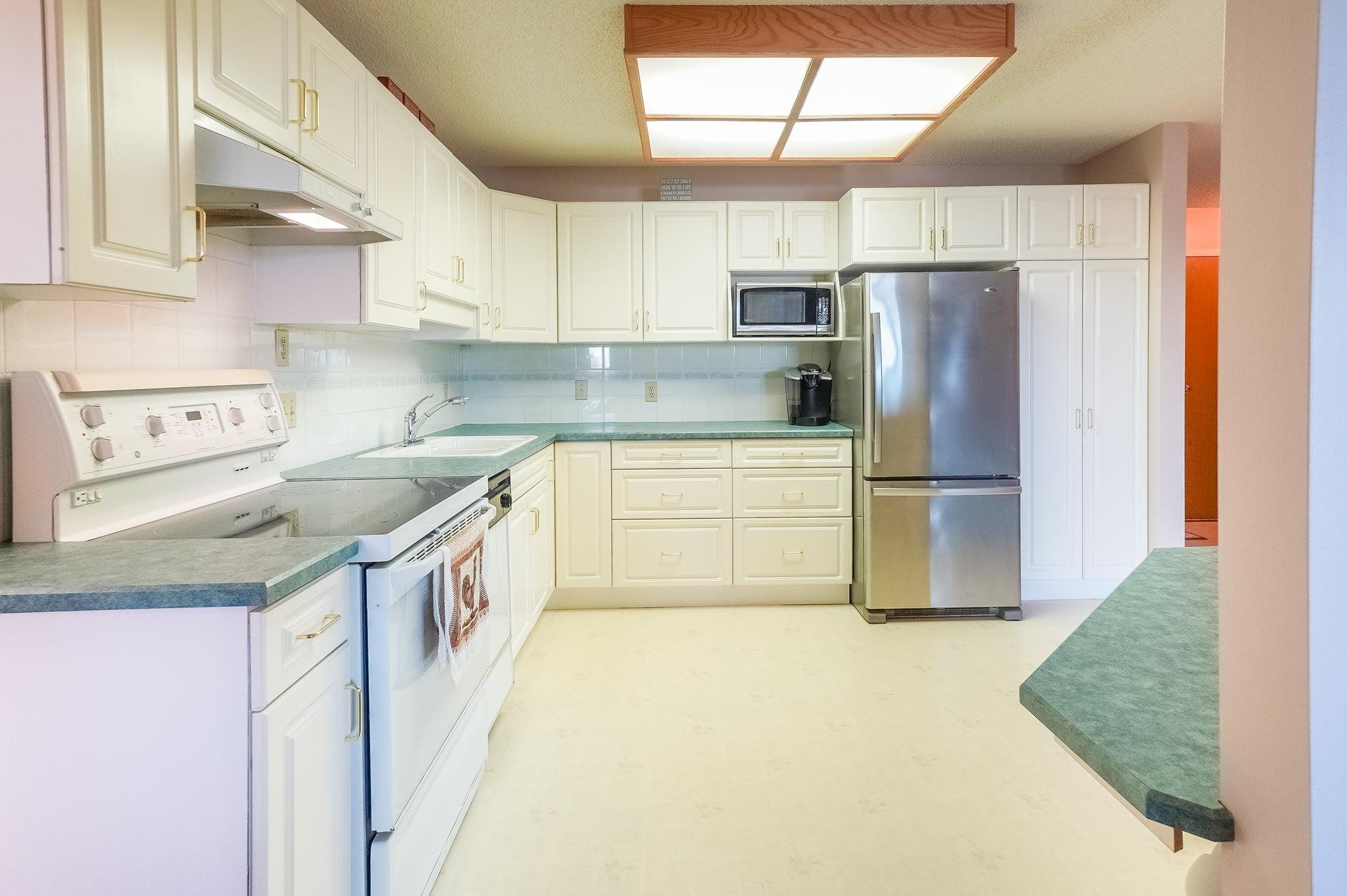 Photo 6: Photos: 205 5212 48 Avenue: Wetaskiwin Condo for sale : MLS®# E4254817