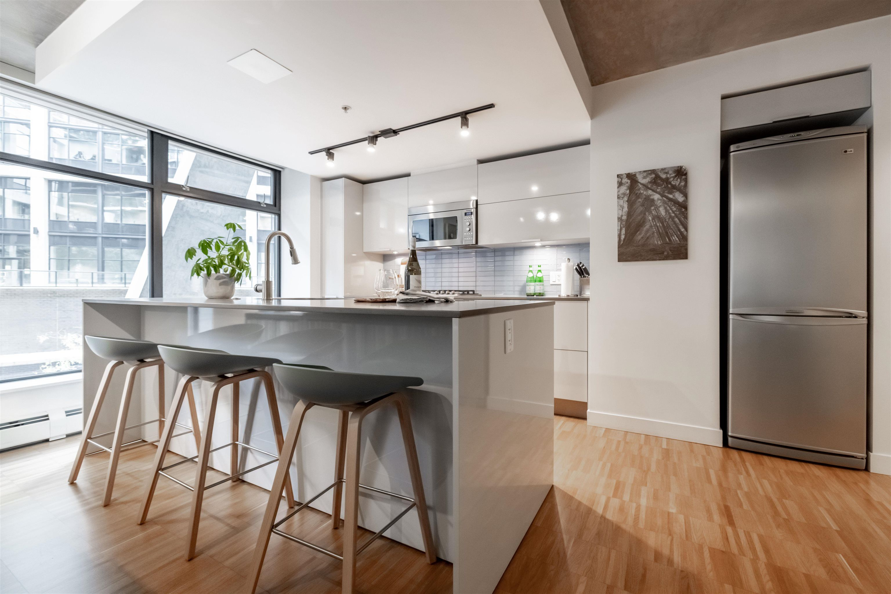 """Main Photo: 305 128 W CORDOVA Street in Vancouver: Downtown VW Condo for sale in """"WODWARDS"""" (Vancouver West)  : MLS®# R2624659"""