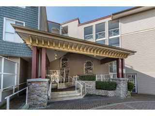 """Photo 2: 615 528 ROCHESTER Avenue in Coquitlam: Coquitlam West Condo for sale in """"THE AVE"""" : MLS®# R2158974"""
