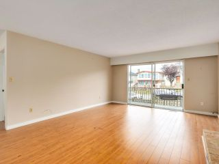 """Photo 2: 2928 E 6TH Avenue in Vancouver: Renfrew VE House for sale in """"RENFREW"""" (Vancouver East)  : MLS®# R2620288"""