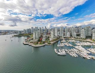 """Photo 38: TH117 1288 MARINASIDE Crescent in Vancouver: Yaletown Townhouse for sale in """"Crestmark I"""" (Vancouver West)  : MLS®# R2625173"""