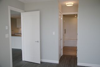 "Photo 10: 2106 520 COMO LAKE Avenue in Coquitlam: Coquitlam West Condo for sale in ""THE CROWN"" : MLS®# R2209731"