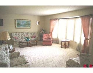 """Photo 2: 6884 COACH LAMP Drive in Sardis: Sardis West Vedder Rd House for sale in """"WELLS LANDING"""" : MLS®# H2901855"""