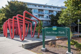 "Photo 17: 208 228 E 18TH Avenue in Vancouver: Main Condo for sale in ""Newport on Main"" (Vancouver East)  : MLS®# R2401458"