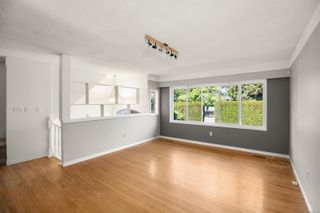 Photo 4: 3192 Shakespeare St in : Vi Oaklands House for sale (Victoria)  : MLS®# 878494