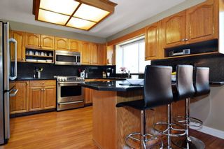 """Photo 6: 21547 87B Avenue in Langley: Walnut Grove House for sale in """"Forest Hills"""" : MLS®# R2101733"""