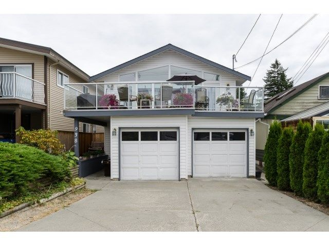 Main Photo: 938 STEVENS ST: White Rock House for sale (South Surrey White Rock)  : MLS®# F1449052