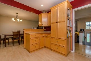 Photo 4: 33319 HOLLAND Avenue in Abbotsford: Central Abbotsford House for sale : MLS®# R2214006